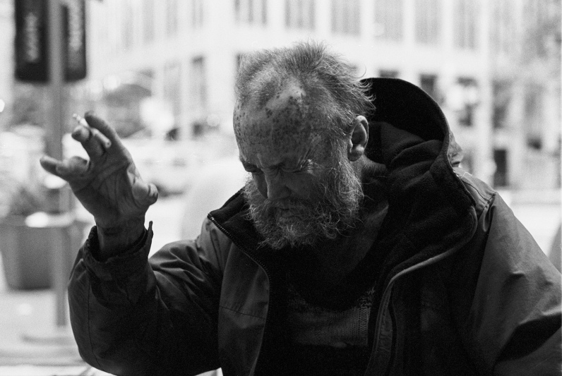 ContactLens_Homeless6
