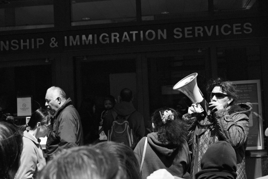 Immigration01